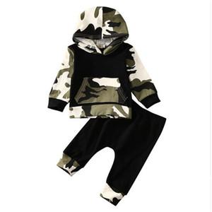 Mikrdoo Осень Зима Стиль Младенец Одежда Дети Baby Boy Одежда наборы Камуфляж Camo Hoodie Топы Длинные брюки 2Pcs Эпикировка Хлопок Активный набор