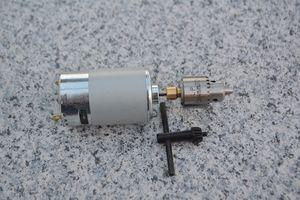 Roulement à billes 555 moteur électrique mini-main perceuse électrique Presse Drilling Set compact avec mandrin B10 0.6-6mm ou mandrin JTO 0.3-4mm outils de bricolage