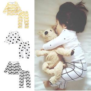 Set di abbigliamento per bambini INS Pigiama in cotone Imposta tute estive Sleepwear Baby Nightwear Homewear 8 Stili 100 Sets OOA2636