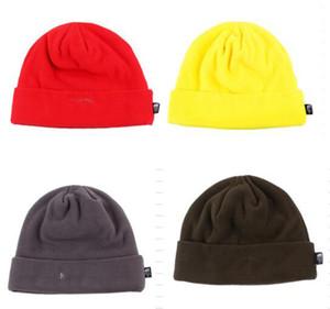 Uomini e donne di vendita caldi in inverno Fleece set cappuccio termico a maglia anti-pilling cofano 10 colori