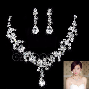 2021 New Women Fashion Bridal Rhinestone Crystal Drop Necklace Earring Plated Jewelry Set Ear Clip Needle Wedding Earrings Pendant Cheap