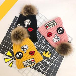 7 Renkler Çocuklar için Bebek Şapkaları 1 Top Cloche Şapka Çocuklar Örme Şapka Tıknaz Kafatası Kapaklar Kış Kablo Örgü Mektubu ...