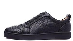 2017 nuevos hombres al por mayor negro fishskin cuero genuino low top sneakers, zapatos deportivos de marca de diseño, skateboarding zapatos 39-47 envío de la gota