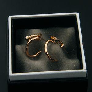 Orecchini a forma di chiodo piegati forma c per le donne 18k oro rosa placcato platino 316l in acciaio inox moda gioielli di design di lusso regali di Natale