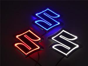 Car Styling 8.05 cm * 8 cm bianco / Blu / Rosso 5D Distintivo Posteriore Lampadina Emblema Logo led Light Sticker Lampada Per Suzuki Zuki / Alto / Jimny / Swift