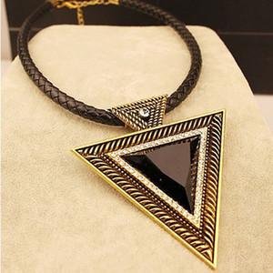 New Gold Black Strass Anhänger Halskette Frauen Hyperbole Dreieck Chokerhalsketten Pullover Leder Kette Fashion Jewlery
