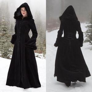 2018 Nueva piel Hallowmas capas con capucha Capas de boda de invierno Wicca Robe Abrigos de calor Chaqueta de novia Navidad Negro Accesorios Accesorios