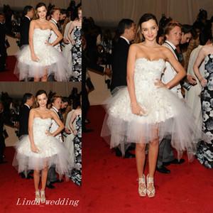 Moda Miranda Kerr Branco Cisne Vestido de Cocktail Sexy Applique Curto Partido Noite Prom Dress Celebrity Dresses