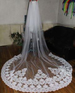 Nuevo Velos de Novia 3-5 metros 2t Apliques de encaje blanco Purfle Catedral largo Velos de novia