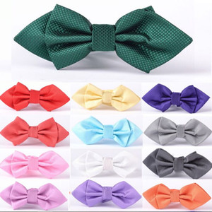 2016 New Arrow bow ties 11.5*6cm solid bowknot 25 colors Men's Neck Tie Occupational tie for Father's Day tie Christmas Gift Free TNT FedEx