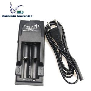 Authentic Trustfire TR001 18650 Carregador de Bateria Recarregável Caber 4 Baterias PK Nitecore D4 D2 I4 I2 Carregador Para Sony VTC4 VTC5 VTC6