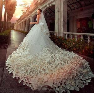 Bordato innamorato Bling Bling Strass fiore di Applique A-line del treno della cattedrale Abbastanza Abiti da sposa d'epoca Abiti da sposa BD016