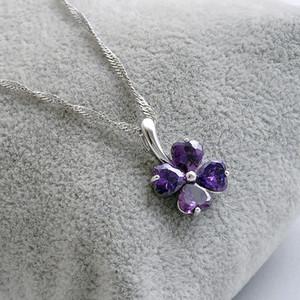 Nouvelle Arrivée 925 Bijoux En Argent Sterling Cristal Autrichien Four Leaf Trèfle Pendentif De Mariage Pendentif Violet blanc Argent Water Wave Collier