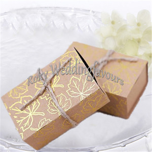 FREE SHIPPING 100PCS Fall Autumn Kraft Gold Maple Leaf Candy Boxes Wedding Party Favors Bridal Shower Engagement Party Table Setting Ideas