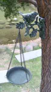 Decorative Cast Iron Hanging Aged Bird Feeder Dark Green Weathered Antique Metal Birdfeeder Bird Bath Wall Mounted Vintage Home Garden Decor