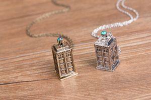Telefonzelle Halskette Arzt, Mysterious Doktor Polizei-Kasten-Anhänger-Halskette Ketten Schmucksachen Verschiffen frei Halskette Tardis