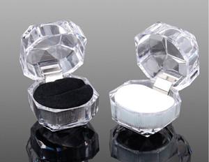 Ringe Box Schmuck Acryl billige Boxen Hochzeit Geschenk-Box-Ring Bolzen Staub Einsteckbehälters Schwarz / weiß / rot unten Ohrstecker Anzeige box box