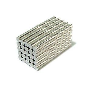 Vente en gros - En stock 500pcs forte aimants ronds NdFeB diamètre 4x1mm N35 Artisanat permanent néodyme / bricolage permanent Livraison gratuite