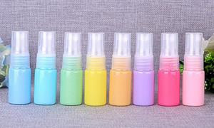 Fabrika fiyat - 10ml plastik Sprey Şişe Boş Kozmetik Parfüm Konteyner ile Mist Atomizer Nozul Parfüm Numune Şişeleri 100pcs / lot
