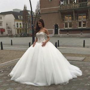Chérie cristaux perlés de robes de mariée élégantes sans dos avec bretelles Spaghetti Nouveau-Saoudien Arabic A-ligne Robes de mariée basque
