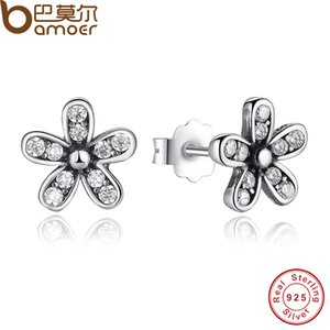 Nueva llegada auténtica plata de ley 925 deslumbrante Daisy Stud pendientes con Clear CZ Jewelry Special Store