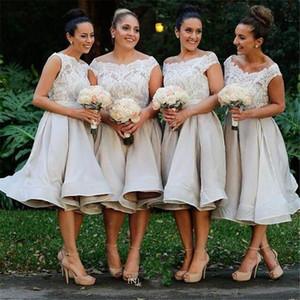 2019 짧은 플러스 사이즈 신부 들러리 드레스 무릎 길이 레이스 Applique 지퍼 오르간 즈 웨딩 게스트 하녀의 명예 드레스 맞춤 제작