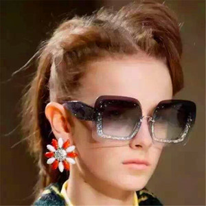 핑크 케이스 선글라스 블링 큰 패션 프레임 새로운 패션 여성 디자인 선글래스 SMU01R 평방 선글라스 크리스탈 프레임