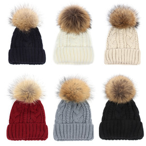 10 Renkler Kış Çift büküm Bere Örme Büyük Rakun Kürk Pom Poms Şapka Kadın Kap Headgear Headdress Kafa Isıtıcı En Kaliteli