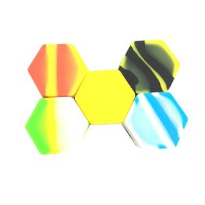 57 Mm * 30 Mm Hexgaon Silikon Yağı Balmumu Konsantre Konteyner Karışık Renk Büyük Yapışmaz Non Stick Kavanoz