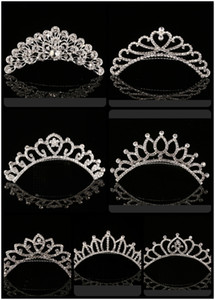 2018 Trendy 10 Stili Lovest Shining Rhinestone Crown Girls 'Bride Tiaras Moda Corona Accessori da sposa per eventi di nozze