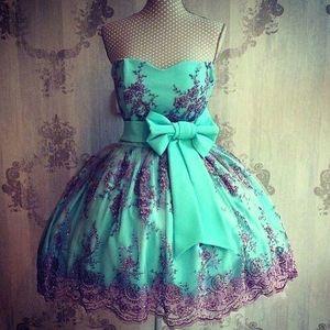 Sweety Mint Green Short Mini Vestidos de fiesta Apliques de encaje de novia con faja de lazo Sweet 16 Vestidos de graduación Cóctel corto BA3558