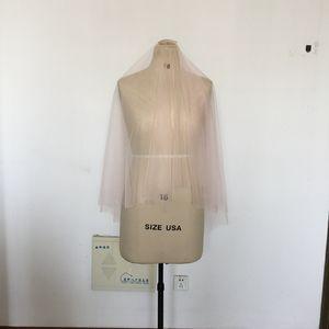 Short Blush Wedding Veils con colorete Color # 95 Fingertip Length Velos de novia Illusion Soft Tulle Veil con peine metálico