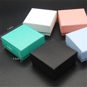 5 Farklı Renk Mücevher Kutusu Çoğunlukla Küpe Yüzük Kolye Kolye Mücevher Ambalaj Ve Ekran Için 7.5X7.5X3.5 cm
