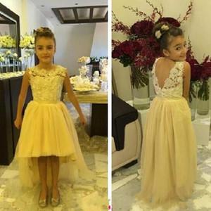 Alta Baixa Vestidos de Meninas de Flor para Casamentos Sheer Bateau Neck Sem Mangas V Voltar Lace Tulle Crianças Vestidos Formais Custom Made Barato