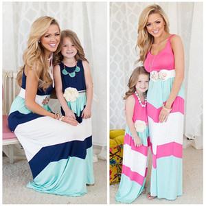 2016 nueva llegada del vestido de la muchacha Madre Hija vestido de la familia de Las Mujeres vestidos casuales de la raya de costura Partido Maxi Largo vestido envío gratis