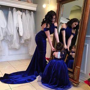 Sexy Backless Холтер Длинное вечернее платье Русалка Royal Blue Бархат с плеча 2017 Мать Дочь Пром Платья Платья
