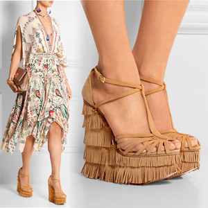 Franja Suede Wedge Heel Mujeres Sandalias Plataforma Correa cruzada T-correa Wedge High Heels Womens Sandals Summer 2018 Sandalias con cuña envío gratis