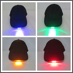 I cappelli chiari dei cappelli della luce del LED di nuova progettazione di vendita calda Ragazzi e protezioni di baseball dei cappucci di Gril di modo differente luminoso di adeguamento di colori Liberi la nave