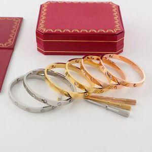 Con diamanti in acciaio bracciale in titanio amore all'ingrosso di marca logo inciso ovale cacciavite Bracciale per gli uomini delle donne scatola del origianl di nozze