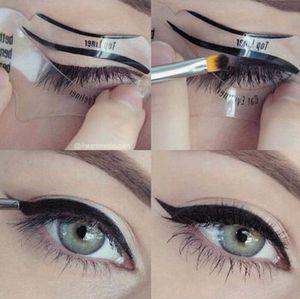 Comercio al por mayor Envío Gratis 110 Unids 2 Estilos Modelos de Eyeliner de Gato de Belleza Plantilla Smokey Eye Stencil Shaper Eyeliner Herramienta de Maquillaje