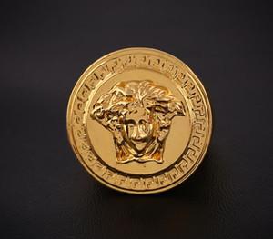 2015 Nuevo anillo Hip Hop Medusha con cadena de maíz chapado en oro de 24K, calidad de primera y envío gratis