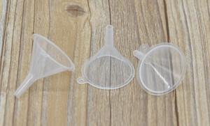 Mini plastique petits pour le parfum liquide Entonnoir de remplissage d'huile essentielle bouteille vide de l'emballage L'Outil 100pcs / lot