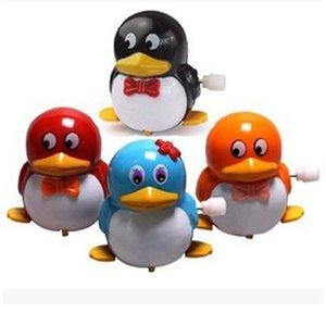 Spot supply dessin animé puzzle jouets cadeaux Clockwork Penguin enfants bébé jouet décrochage marchandises en gros