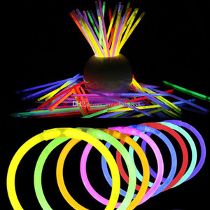8'' Multi Color Hot Glow Stick Bracelet Necklaces Party LED Stick Wand Novelty Toy LED Vocal Concert LED Flash Sticks C2917