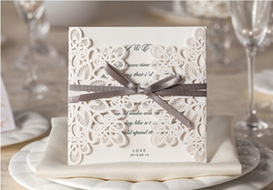 2019 NOUVEAU Style Ivoire Hollow Wedding Wedding Invitations Cartes Fournitures d'artisanat Invitations de mariée