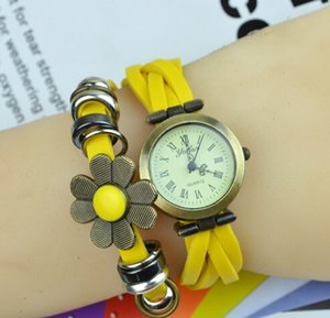 Retro Quartz Watches Fashion Flower Bright Band Watch Weave Rope Wrap Around Leather Bracelet Bangle Womens Sunflower Blossom Women Watch.