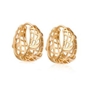 Europa y América HotSale Fashion Simple Fashion Real 18k Amarillo Chapado en oro Pendientes Hollow Hoops para niñas Mujeres ER-409