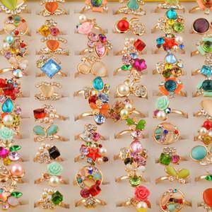 20 unids Diamond Jewelry Stores Anillos para Mujeres Niñas 2018 Ventas Calientes Anillo de Mujeres con Rhinestones Mix Colors Wholesale Bijoux Femme Ideas de Regalo