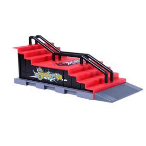 Presente Toy crianças Skate Park plástico ABS Skate Park Jogo engraçado Ramp Peças para Tech Deck Fingerboard Finger Board F