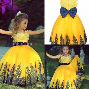 Vintage Amarelo Princesa Piso Comprimento Bola Vestidos Meninas Pageant Vestidos Flor Menina Vestido Para Casamentos Lace Appliques Vestido De Festa de Aniversário